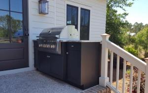 Open-air-Cabinetry